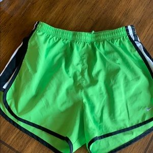 NIKE DRY FIT athletic shorts size ADULT SMALL